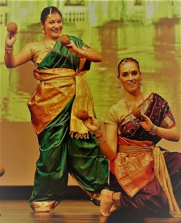 Stuti_Aga_Lavani_folk_Europe_Switzerland_Maharashtra_India_Swiss