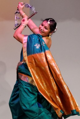 Stuti_Aga_Lavani_folk_Europe_Switzerland_Maharashtra_India