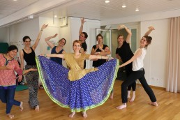 Bollywood Polterabend tanz Hen party dance SADC kurs
