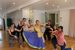 Bollywood Polterabend tanz Hen party dance SADC kurs